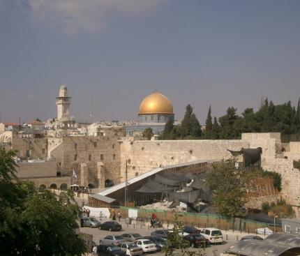Tel Aviv residents on U.S. Embassy move: Let Jerusalem have it