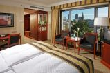 b_159_129_16777215_00_images_Maritim_Hotel_room.jpeg