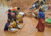 In gold-rich Cameroon, it's the Chinese vs. villagers – guess whose winning