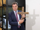 German state of Bavaria to display crosses in all government buildings