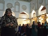 Egypt fights extremism by allowing women to lead mosques